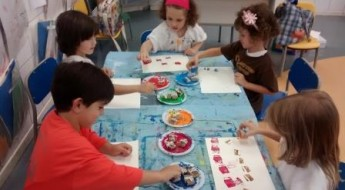 Painting with stamps (5)