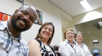 Na sequência, Alex Bastos, Analista de Pastoral da ACF; Ana Carlota Niero, Gerente Educacional da ACF; Ir. Priscilla Rossetto, Diretora do Consa; e Ir. Teresa Warzocha, Coordenadora Pedagógica do Consa.